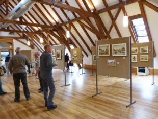 Siegfried Schilli schenkt seine Werke der Gemeinde und dem Historischem Verein