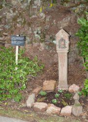 Arbeitseinsatz für Kleindenkmal