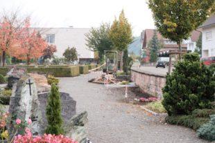 Weiteres gärtnergepflegtes Grabfeld für den städtischen Friedhof