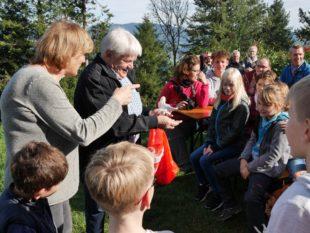 Burgfräulein, Ritter, Mägde und Knappen erstürmten die Geroldseck