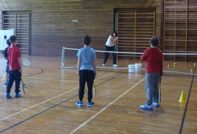 Kostenloses Hallen-Tennistraining in der Hansjakob-Halle