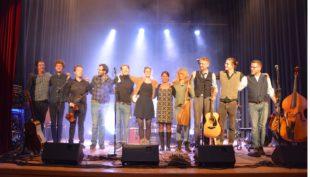 Lebendige Reise durch die Welt der Folk-Musik