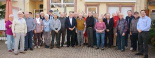 AAM-Rentner verbrachten angenehmes Treffen