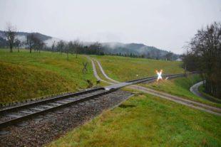 Bahnübergänge werden gesichert