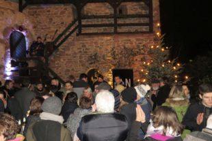 Besucheransturm beim letzten Weihnachtshirsch gestern Abend