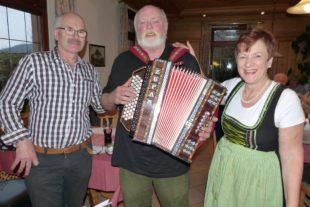 Beim monatlichen Volks- und Heimatliedersingen im »Rebstock« fühlen sich die Sängerinnen und Sänger wie in einer großen Familie