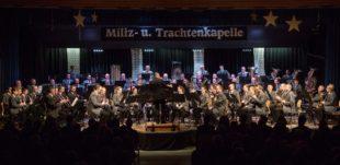 Miliz- und Trachtenkapelle bescherte sinfonische Blasmusik