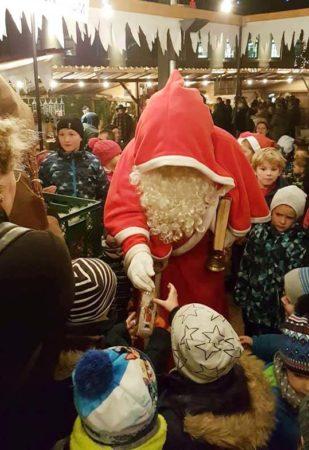 Wirtschaftsstandort Biberach: Weihnachtsmarkt und Besuch des Nikolaus