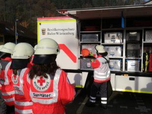 Rotkreuz-Helfer lassen sich im Modul Technik und Sicherheit schulen