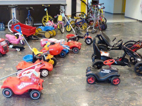 Grundschule Biberach: Biberacher Fahrzeugbasar