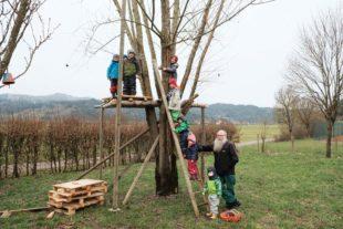 Ein Baumhaus für den Kindergarten