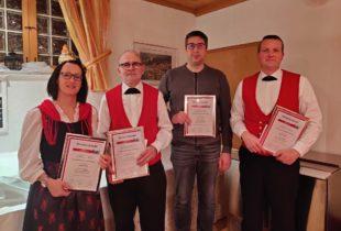 Musikverein ehrt langjährige aktive und passive Mitglieder