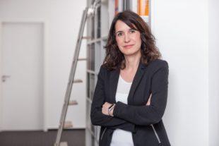 Elena Schies legt erfolgreich das Wirtschaftsprüfer-Examen ab