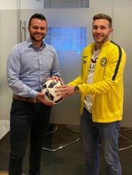 Sandro Leopold spendet den ersten ZFV-Spielball im Jubiläumsjahr