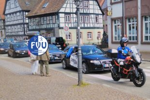 FVU-Handballer feiern Aufstieg mit Autokorso
