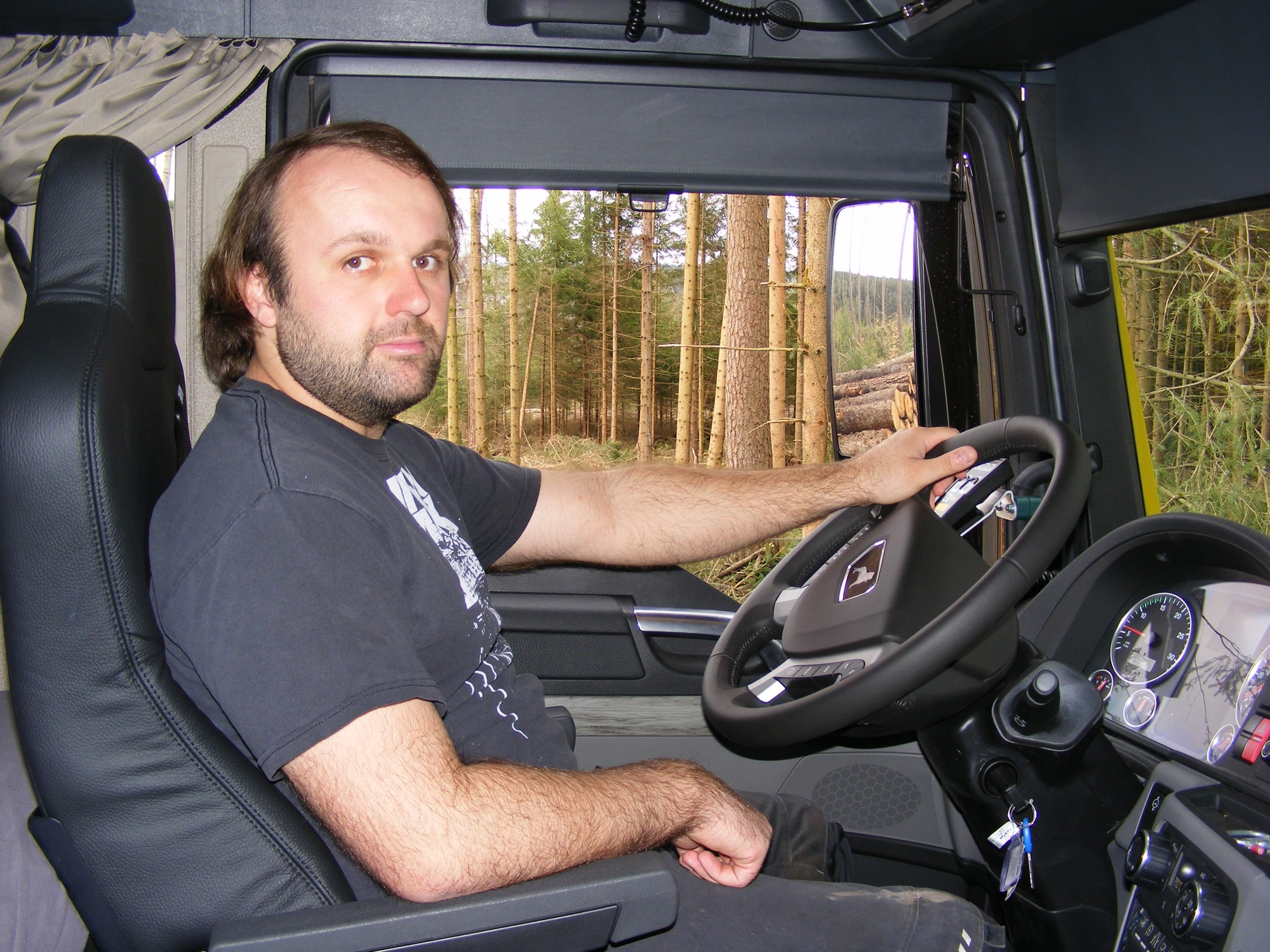 2020-5-8-Oppenau-Ilse und Manfred Oestreich-Holztransport-Nagel 200314u