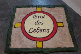 Biberacher Kirchengemeinde feiert Fronleichnam mit Festgottesdienst