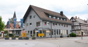Repräsentatives Geschäftshaus Scheid am Stadteingang