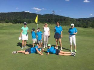 Acht Kinder hatten großen Spaß beim 1. Jugend-Golfturnier