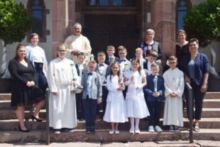 Zehn Erstkommunionkinder feierten in Nordrach einen berührenden »Weißen Sonntag«