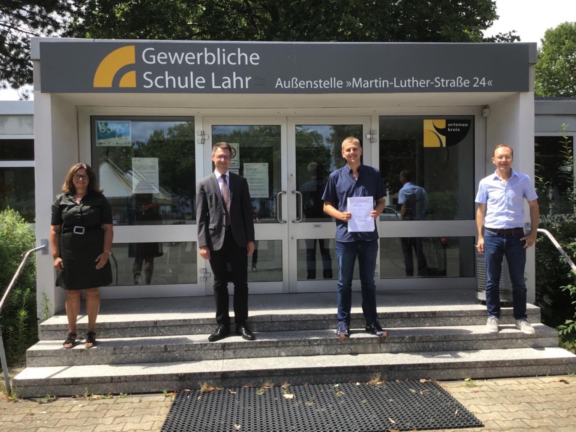 2020-7-17-Lahr-Schule-Techniker Abschluss-GSL FTM Preise