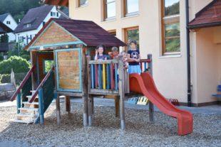 Gemeinde erlässt die Kindergartengebühren