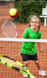Kein Ferienprogramm – aber kostenloses Tennis spielen in Nordrach