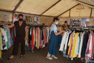 Zeltverkauf bei Mode-Giesler ist Kundenmagnet