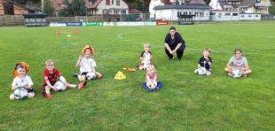 Training für fußballbegeisterte Kids