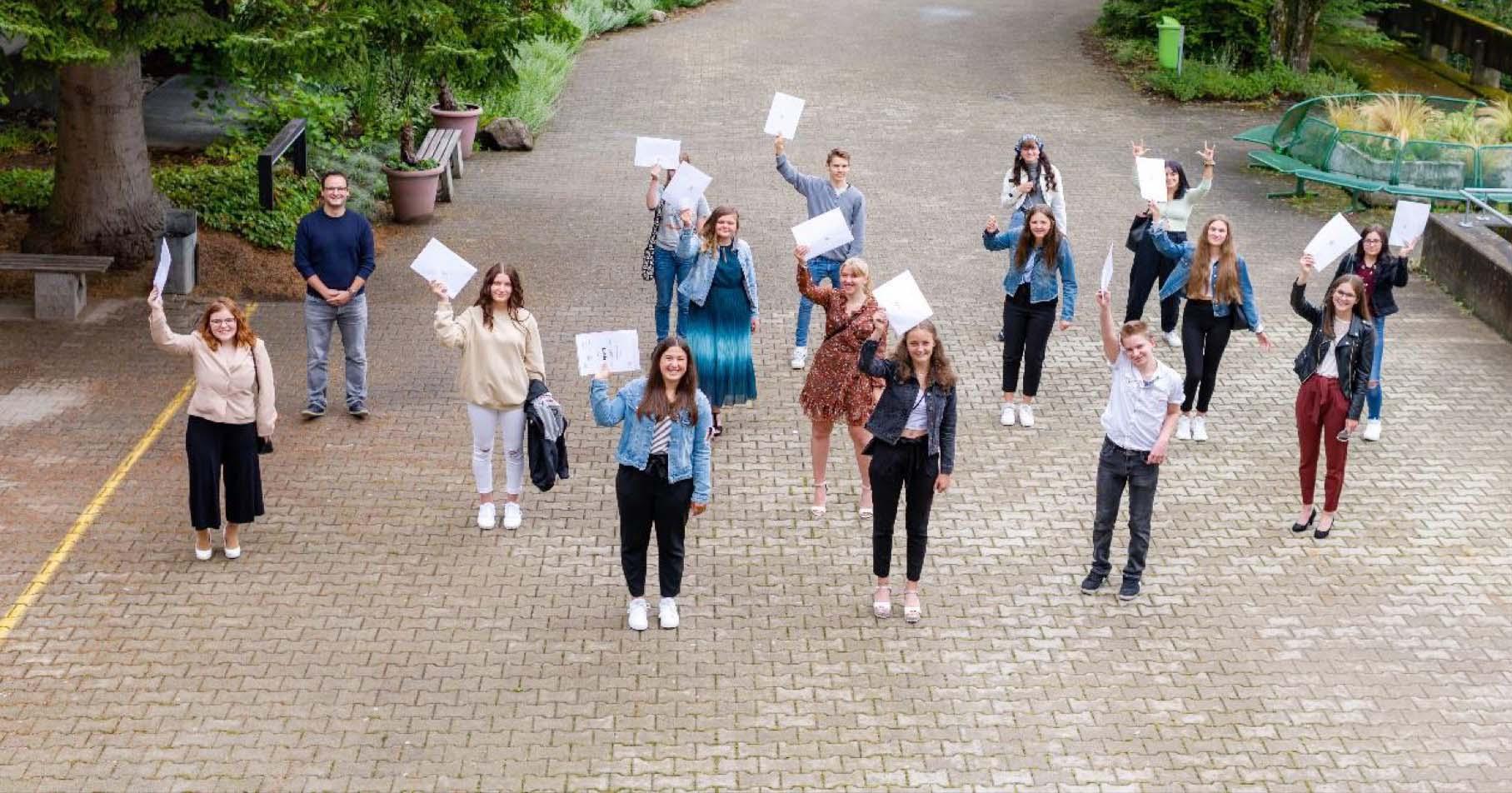 2020-8-7-WOL- Wolfach-Berufliche Schulen-Abschluss 1
