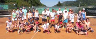 Viel Spaß für Groß und Klein beim Mixed-Turnier des Zeller Tennisclubs