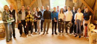 64 Golfer im Dauerregen