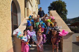 Vierzehn Schülerinnen und Schüler in die Grundschule aufgenommen