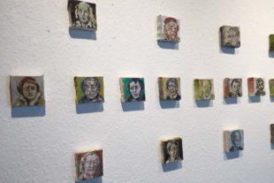 Arthus Galerie Zell am Harmersbach: Ausstellung »Große mal klein«