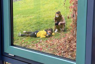 2020-11-18-WOL-Berufliche Schulen-Fotoprojekt-Fensterfoto-1BK1T-20-schmal