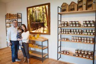 Bienenmartins Imkerei eröffnet seine neuen Geschäftsräume