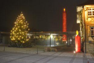 Kerzendorf Biberach erstrahlt in weihnachtlichem Lichterglanz