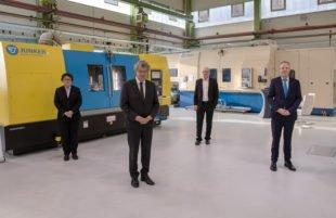 Junker-Geschäftsführer Rochus Mayer in den Ruhestand verabschiedet