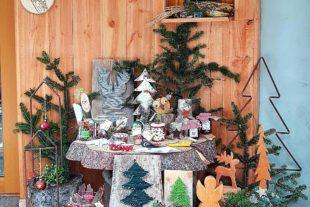 Weihnachtsdeko, Plätzchen und Linzertorte für Emely