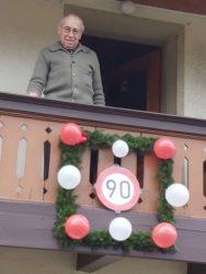 Bürgerwehr Unterharmersbach gratuliert Franz Bohnert zum 90. Geburtstag