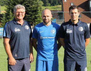 Jochen Fischer auch nächste Saison Cheftrainer beim FVU