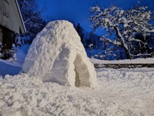 Schneemänner, Schneedelfin, Iglu und die Trolldame »Flumbra«