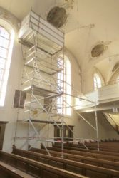 Wasserschaden in der Kirche