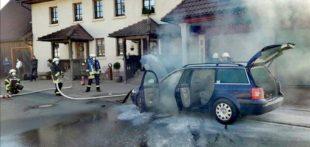 Feuerwehr musste Pkw-Brand löschen