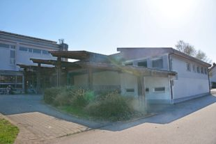 Ein neues Dach für die Grundschule