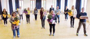 Stadt ehrt 19 Mitarbeiter mit 445 Dienstjahren