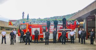 Elf Mitglieder der Stadt-Feuerwehr schließen Grundausbildung ab