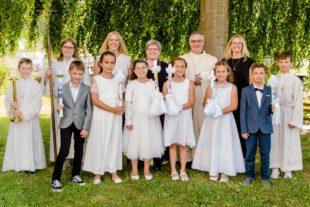 Sechs Kinder gingen erstmals an den Tisch des Herrn