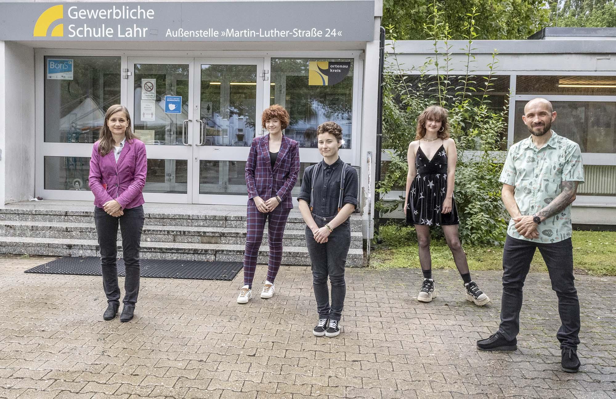 2021-7-26-Lahr-Schule-Gewerbeschule Grafik-Design-GSL BKGD Preise