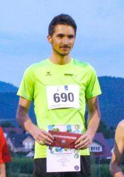 Norman Junker läuft neuen Stadionrekord über 5.000 Meter